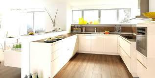 cuisine bois et blanche cuisine bois et blanc laque ctpaz solutions à la maison 2 jun 18