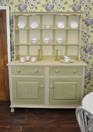 Shabby Chic Kitchen Furniture by Http Www Thetreasuretrove Co Uk Welsh Dressers Oak Welsh Dresser
