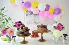 balloon garland diy easy balloon garland julep