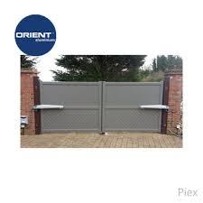 2018 New Main Gate Designs Aluminum Modern Open Gate Gate Designs