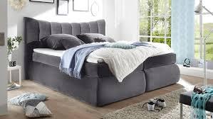 Schlafzimmer Einrichten Graues Bett Seward Schlafzimmer Bett In Grau Mit Topper 180x200