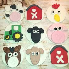farm cake toppers farm animal cupcake toppers and barn themed party cupcake decorations