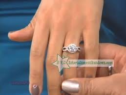 Wendy Williams Wedding Ring by Tamera Mowry Shows Of Engagement Ring To Wendy Williams Video