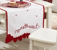 Valentine S Day Table Runner Gift Ideas