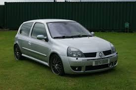 mitsubishi lancer 2000 modified silver clio 172 2001 modified in good condition 2500