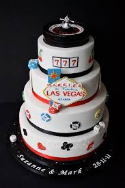 wedding cake las vegas las vegas themed wedding cake vegas themed wedding themed