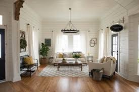 Decorator White Walls White Is The New Paint Color Trend For Rentals The Washington Post