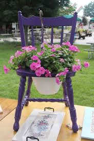 Outdoor Planter Ideas by Best 10 Chair Planter Ideas On Pinterest Garden Chair Cushions