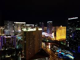 book the signature at mgm grand las vegas hotel deals