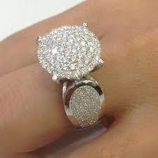 model cincin diamond