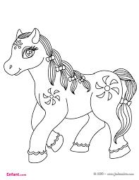 Coloriages pour fille Le poney