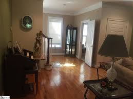 Livingroom Gg Mls 1352528 335 Club Drive Travelers Rest Sc Home For Sale