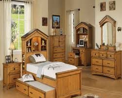 Best Oak Bedroom Sets Ideas Room Design Ideas Weirdgentlemancom - Bedroom furniture types