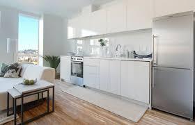 parquet massif pour cuisine design interieur plaque anti eclaboussure cuisine blanc neige