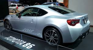 toyota 2017 usa 2017 subaru brz vs 2017 toyota 86 which one do you like more and why