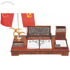 office desktop set with relief decoration and pen holder flag