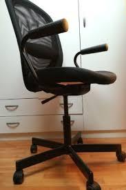 sedia scrivania ikea 5 ragioni per cui non comprerei pi禮 una poltrona ufficio ikea