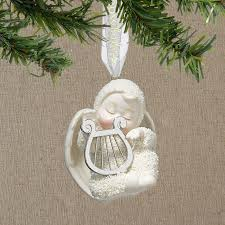 ceramic and porcelain ornaments
