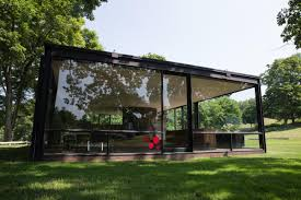 Building A House In Ct by Inside The Glass House And Philip Johnson U0027s Controversial Life