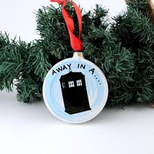 dr who away in a tardis ornament lennymud