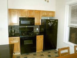 kitchen cabinets lowes or home depot anyone use the pre assembled cabinets from home depot