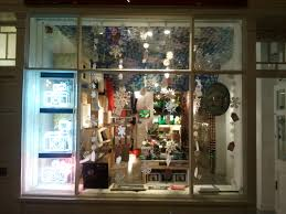 store window display ideas visual merchandising cool retail