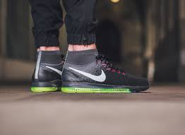 Nike Zoom All Out Flyknit this nike zoom all out flyknit is versatile for the season