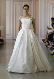 oscar de la renta wedding dress chic vintage brides chic