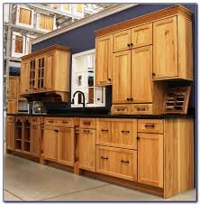Lowes White Kitchen Cabinets by White Kitchen Cabinets Lowes Kitchen Set Home Decorating Ideas