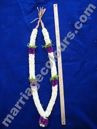 indian wedding garland price white with violet sandwich garland wedding malai price garlands