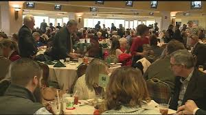 families enjoy thanksgiving day at churchill downs