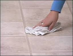 how to clean the vinyl flooring in a few steps