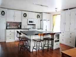 armoire cuisine en bois peinturer armoire de cuisine en bois 21575 sprint co