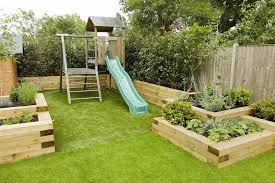 garden design ideas for small front yards and playing children