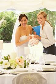 wedding coordinators tips for working with wedding planners and getting on their