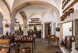 ustensile de cuisine en cuivre ustensile de cuivre de cuisine intérieur de palais national de