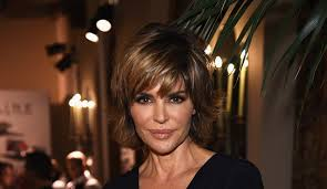 lisa rinnas hairdresser lisa rinna lisa vanderpump plays the victim and rhobh co stars