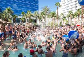 fun things to do in nevada las vegas bucket list what to do when you visit vegas thrillist