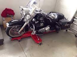 pedana sposta moto blocca ruota cavalletto moto anteriore easy black archivio