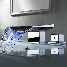 Best Bathroom Sink Faucets by Lovely Waterfall Bathroom Faucet Best Ideas About Bathroom Faucets
