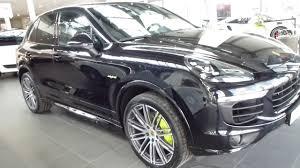 Porsche Cayenne Jacking Mode - 2017 porsche cayenne s e hybrid 333 hp 95 hp 243 km h playlist