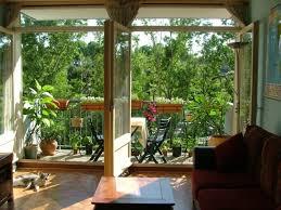 sichtblende balkon sichtschutz balkon pflanzen blumen ideen pflanztöpfe keramik new