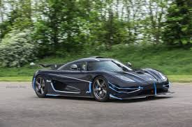 blue koenigsegg one 1 koenigsegg one 1 breaks vmax200 speed record thrice in one day