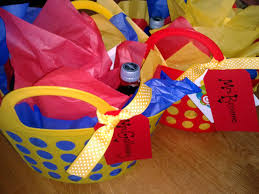 cheap baskets for gifts you ll totally dig these easy cheap fast thank you