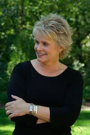 stylish middleaged womens hair styles natural hairstyles for hairstyles for middle aged women pictures