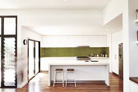 your guide to tiled kitchen splashbacks