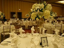 white flower centerpieces 25 oustanding wedding centerpieces slodive