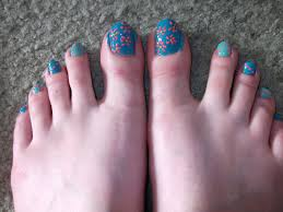 finger and toe nail designs how you can do it at home pictures