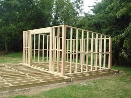 wc de jardin construire maisonnette en bois perfect faire construire sa maison