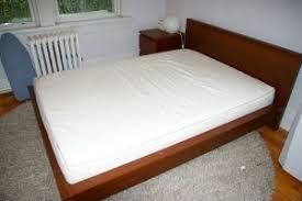 difference between queen mattress and full mattress